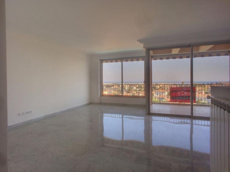 Sale apartment Saint laurent du var 350000€ - Picture 3