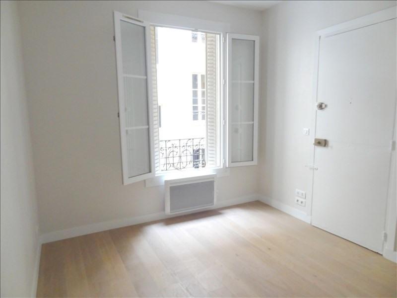 Rental apartment Levallois perret 550€ CC - Picture 1