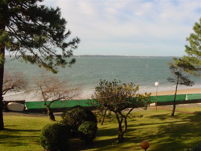 Vacation rental apartment Arcachon 897€ - Picture 1