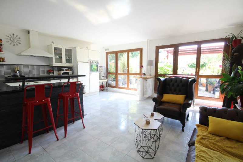 Vente appartement Le port marly 325000€ - Photo 2