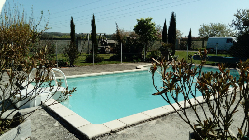 Sale house / villa Estrablin 360000€ - Picture 1
