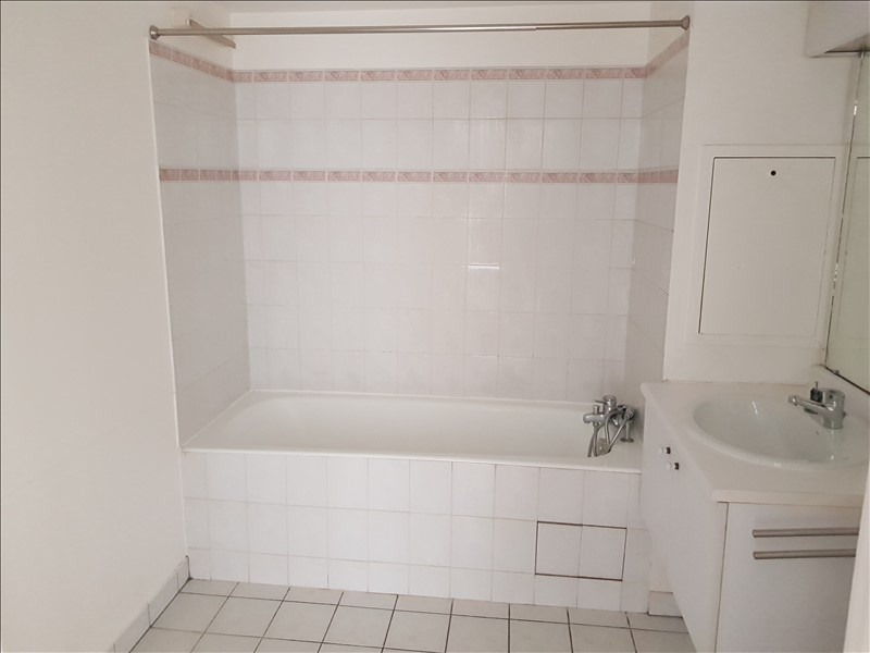 Location appartement Chatillon 780€ CC - Photo 4