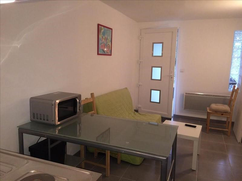Rental apartment Venelles 450€ CC - Picture 2