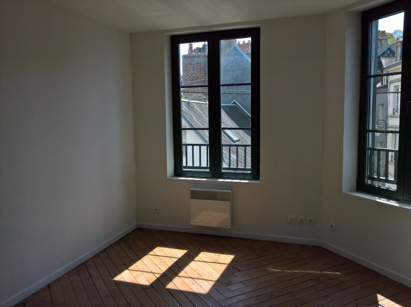 Rental apartment Honfleur 445€ CC - Picture 3