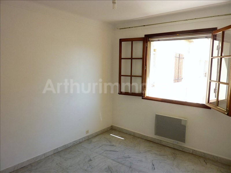 Rental apartment St aygulf 602€ CC - Picture 5