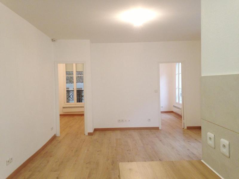 Location appartement Paris 4ème 1595€ CC - Photo 3