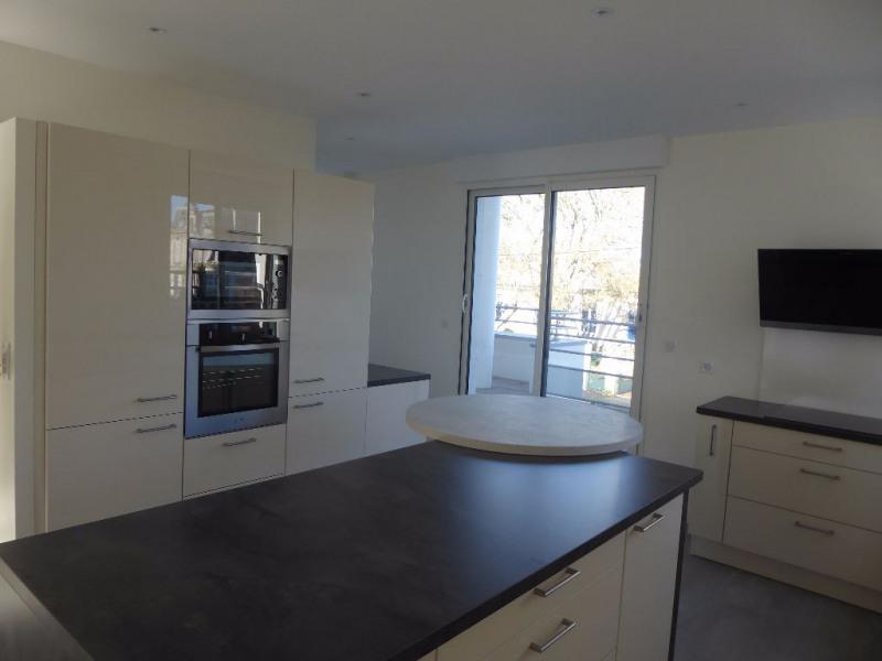 Sale apartment La rochelle 530000€ - Picture 3