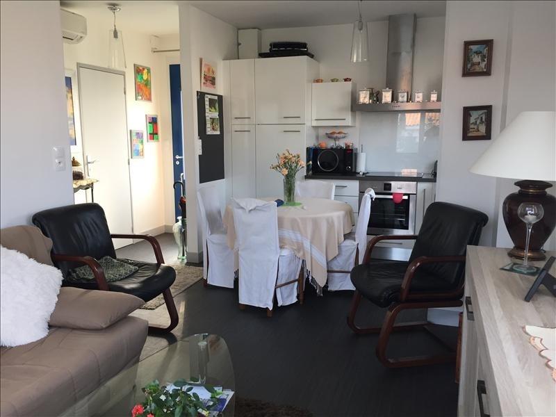 Sale apartment Royan 143750€ - Picture 1