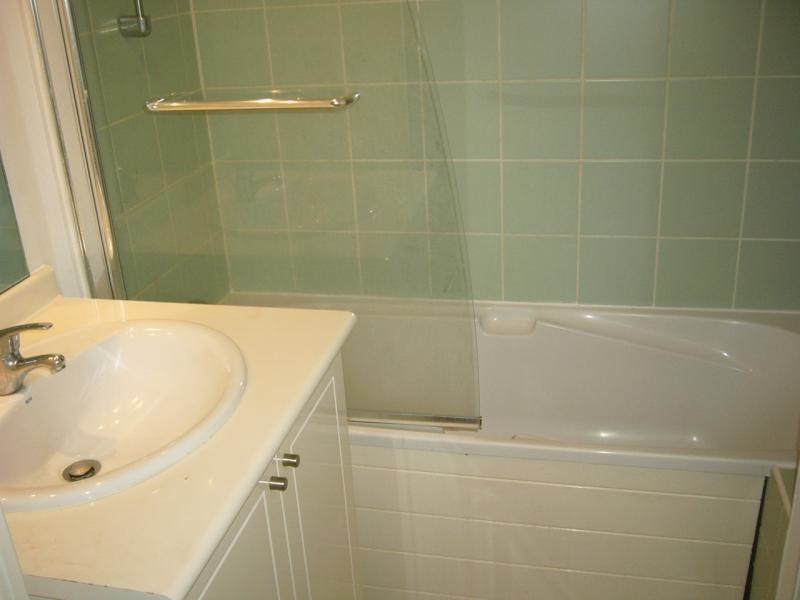 Rental apartment Ste clotilde 602€ CC - Picture 7