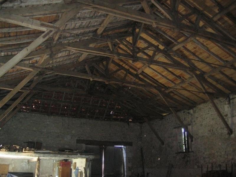 Sale house / villa Le fouilloux 99000€ - Picture 3