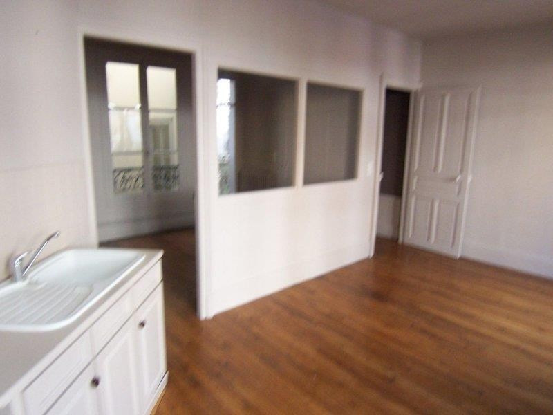 Location appartement Troyes 465€ CC - Photo 4