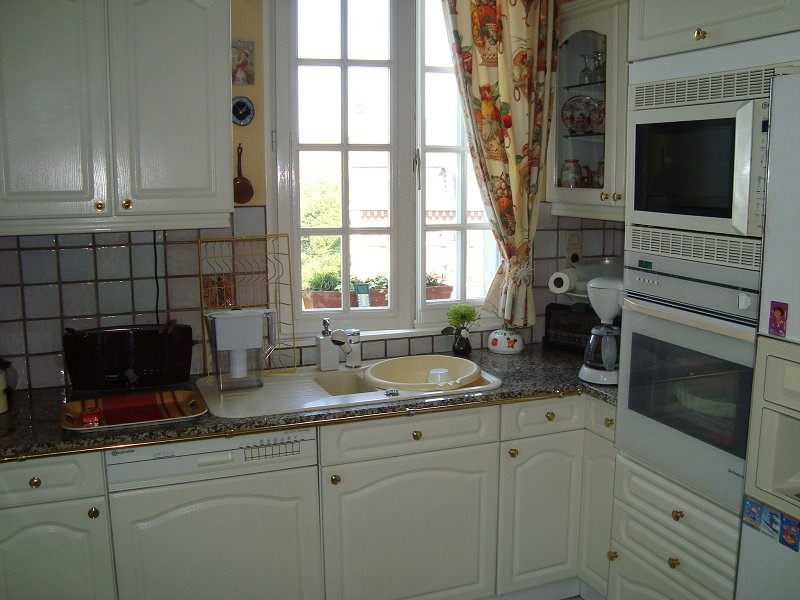 Sale apartment Eu 183000€ - Picture 3