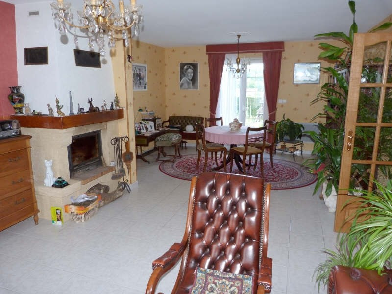 Sale house / villa Secteur chateau-renard 153 500€ - Picture 3