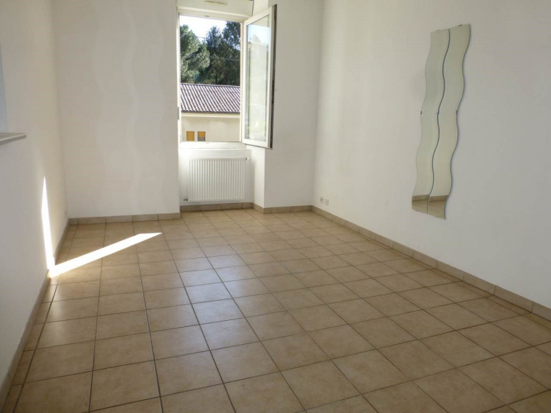 Location appartement Aubenas 457€ CC - Photo 3