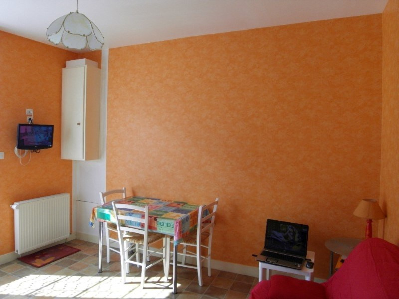 Rental apartment Angeac champagne 423€ CC - Picture 4
