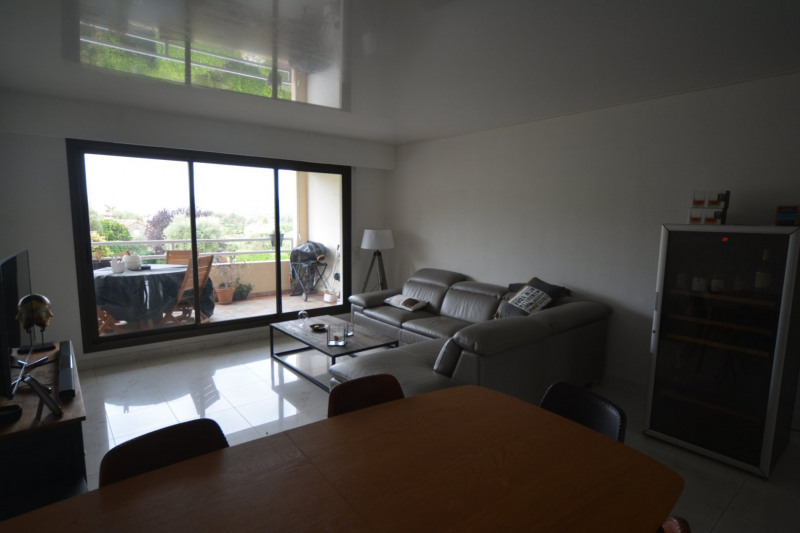 Sale apartment Antibes 298000€ - Picture 3