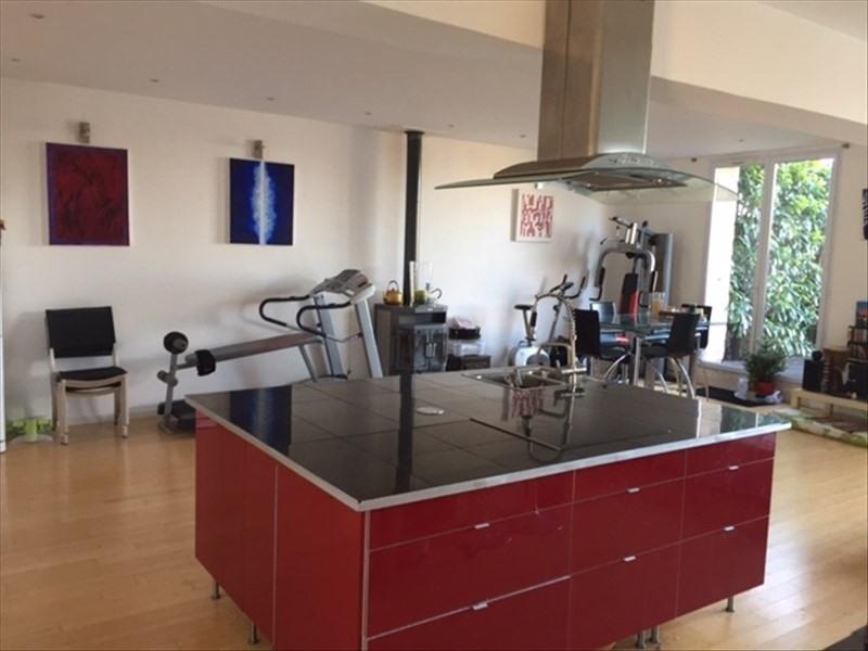 Sale house / villa Commeny 325000€ - Picture 1