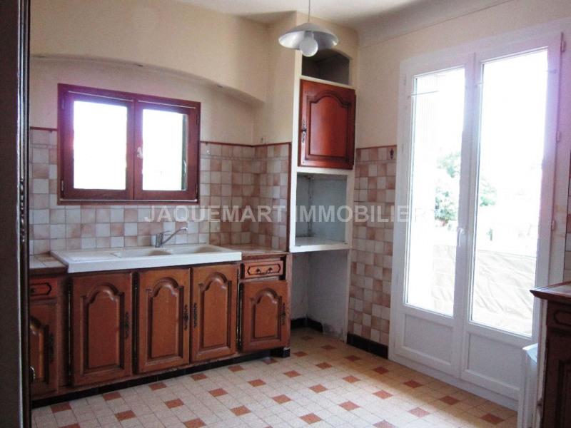 Rental apartment Lambesc 740€ CC - Picture 4