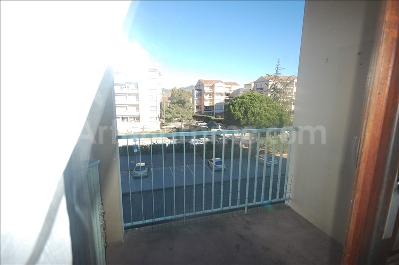 Rental apartment Frejus 553€ CC - Picture 2