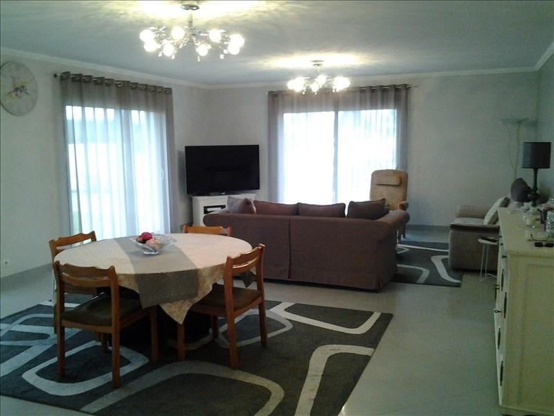 Sale house / villa Vineuil 304000€ - Picture 4