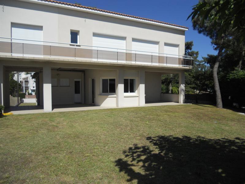 Vacation rental house / villa Saint-georges-de-didonne 1018€ - Picture 17