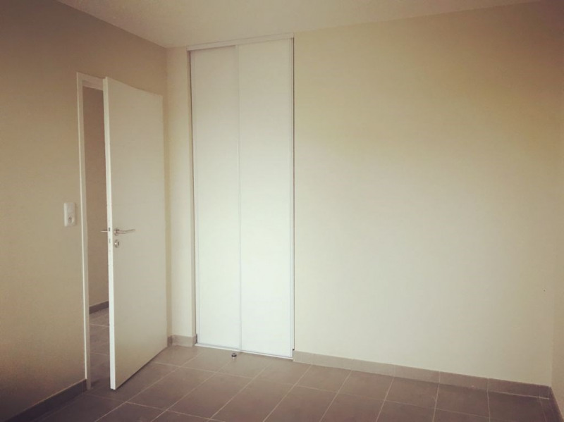 Alquiler  apartamento Villeneuve les avignon 595€ CC - Fotografía 1
