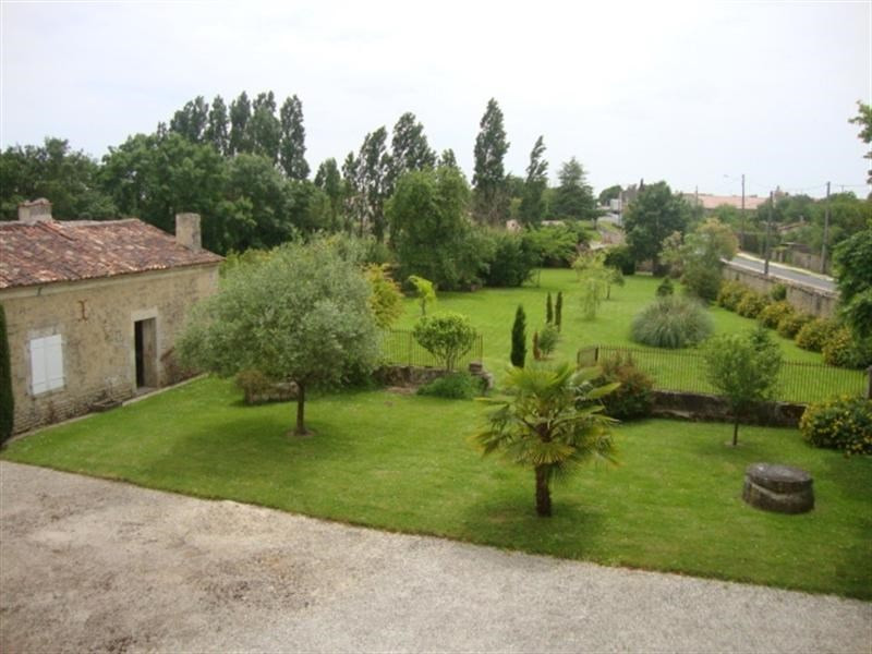 Sale house / villa Loulay 254400€ - Picture 5