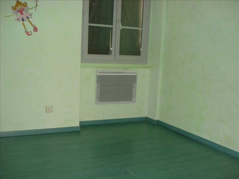 Rental apartment Ste colombe 640€ CC - Picture 5