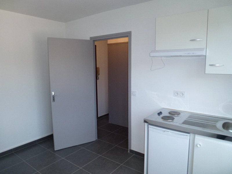 Rental apartment Chambéry 440€ CC - Picture 6