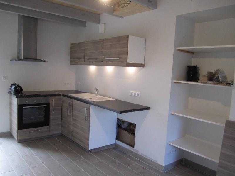 Location appartement Barbezieux-saint-hilaire 380€ CC - Photo 2