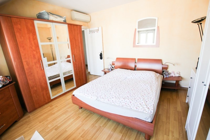 Location appartement Paris 17ème 2 050€ CC - Photo 4