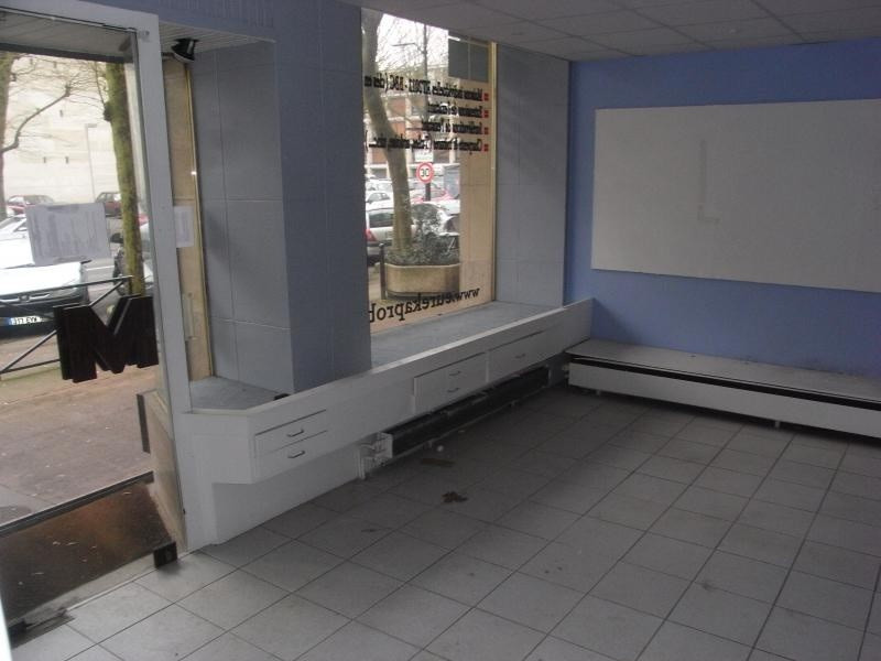Location local commercial Meudon la foret 2 040€ +CH/ HT - Photo 2