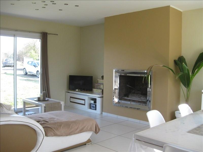 Sale house / villa Guernes 270000€ - Picture 4