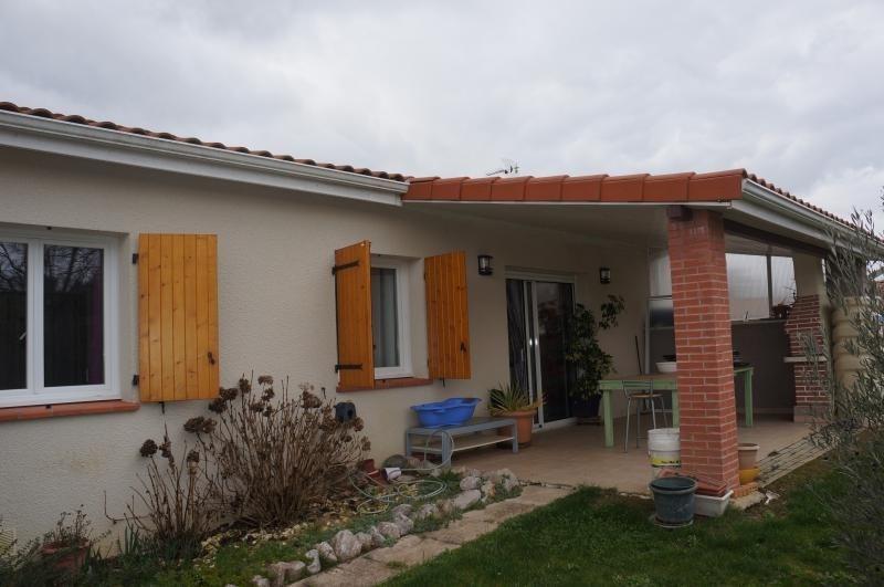 Sale house / villa L isle jourdain 272000€ - Picture 2