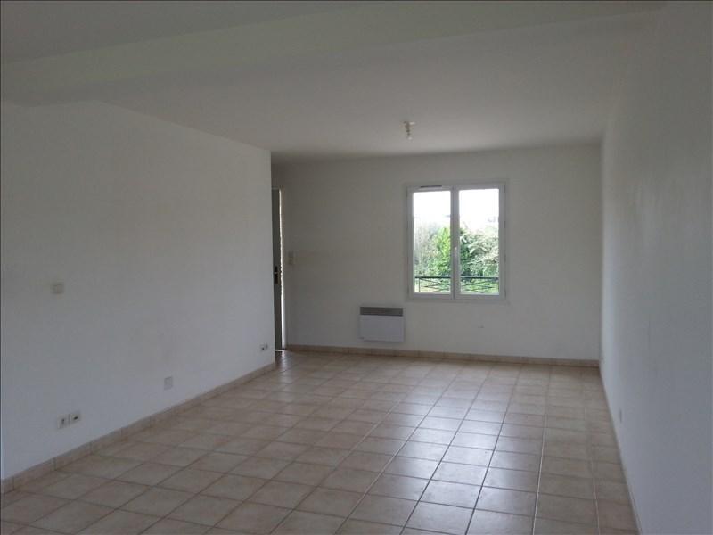 Location maison / villa Naveil 632€ CC - Photo 6