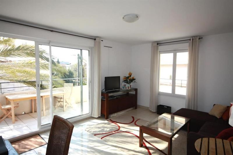 Sale apartment Juan les pins 269 000€ - Picture 3