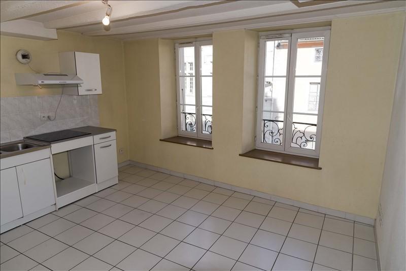 Rental apartment Nantua 213€ CC - Picture 4