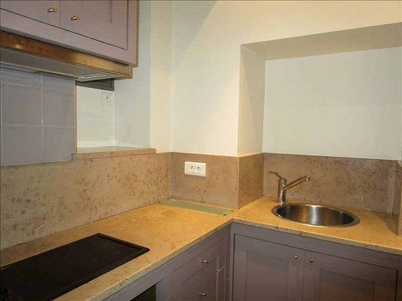 Sale apartment Versailles 255 000€ - Picture 3