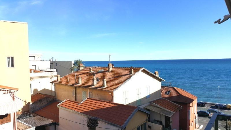 Sale apartment Menton 536 000€ - Picture 1