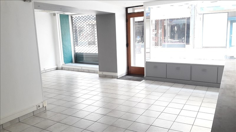 Location local commercial Nantua 320€ HT/HC - Photo 1