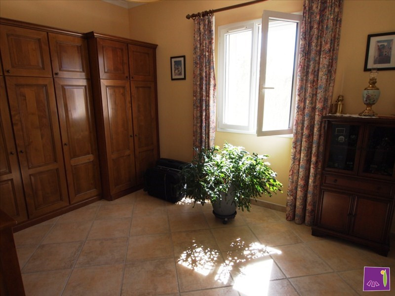 Vente maison / villa Uzes 377 000€ - Photo 5