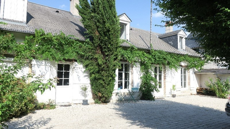 Sale house / villa Orléans 469 900€ - Picture 1