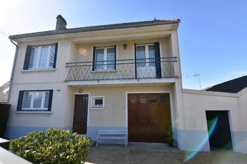 Sale house / villa Neuilly en thelle 250000€ - Picture 1