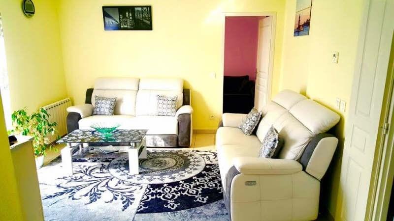 Verkoop  appartement Marignier 169000€ - Foto 1