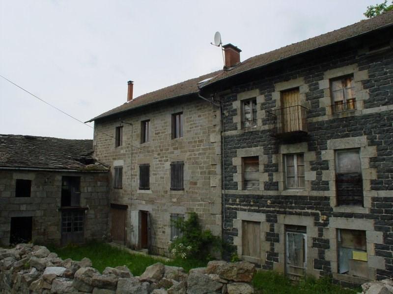 Sale house / villa St jeures 75200€ - Picture 2