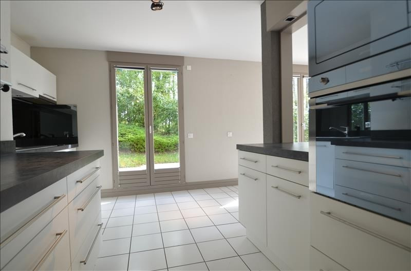 Vente de prestige appartement Bluffy 555 000€ - Photo 6