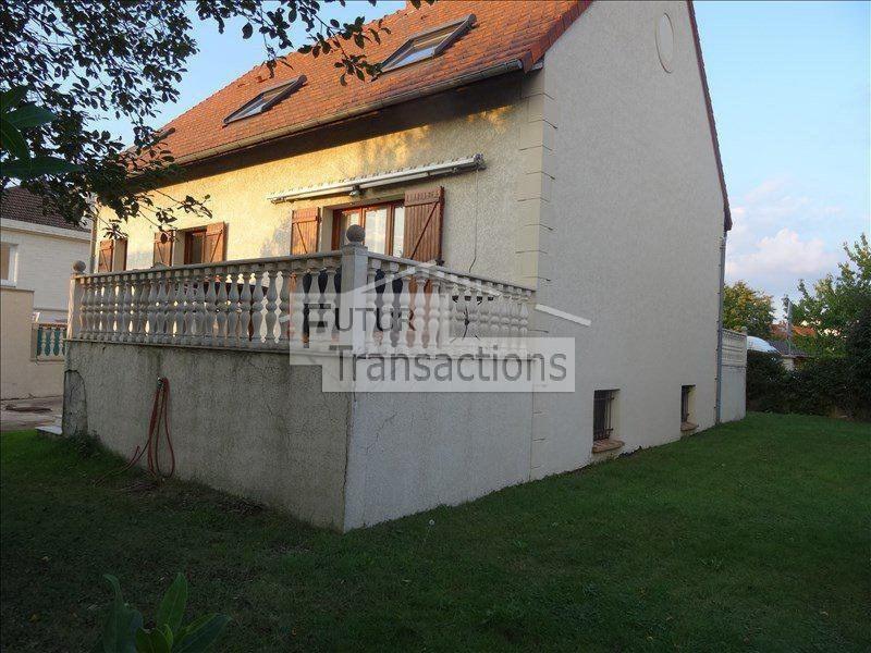 Location maison / villa Trappes 1800€ +CH - Photo 1