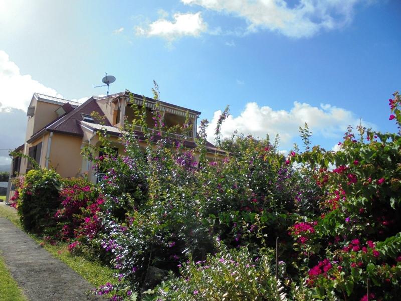 Vente maison / villa Capesterre belle eau 335000€ - Photo 2