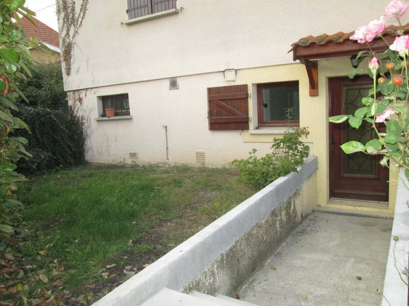 Rental apartment La lande de fronsac 425€ CC - Picture 1