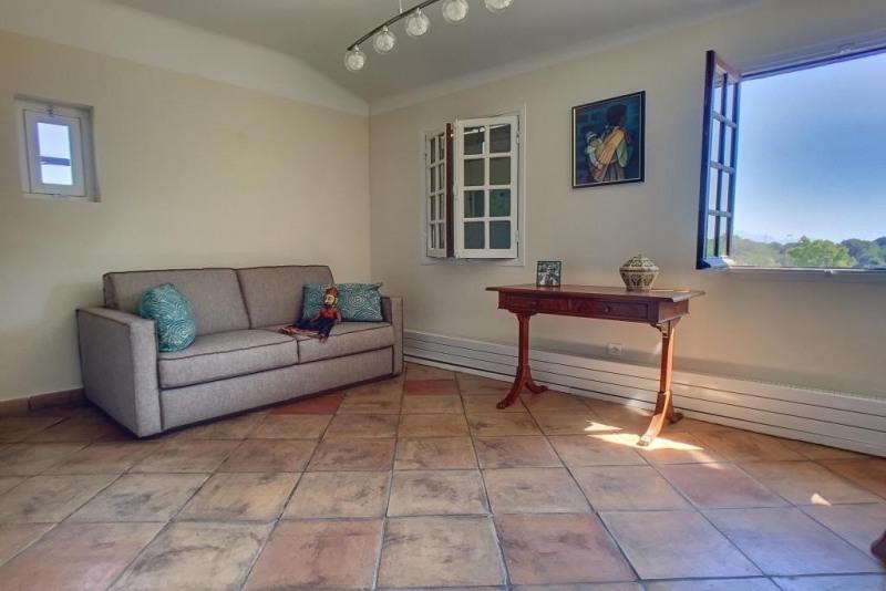 Vente de prestige maison / villa Antibes 1060000€ - Photo 8
